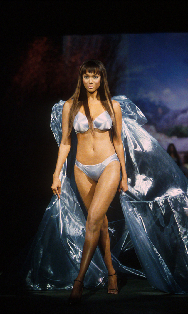 In Photos 10 Models Who Spread Their Wings After Victoria S Secret Hello Canada