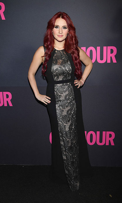 Possibly her most demure look yet, Dulce looks long and lean in this panelled lace dress, but keeps it funky with her flame-red locks at the 2013 Glamour Magazine 15th Anniversary event in Mexico City.