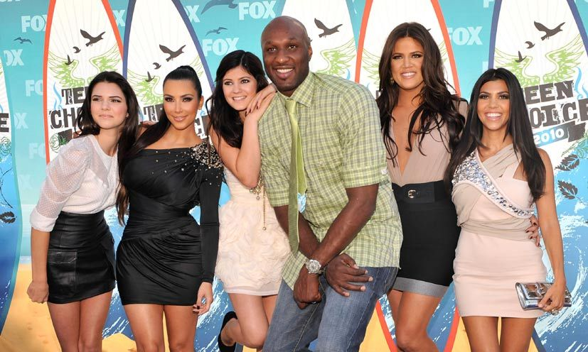Lamar with Khloé and her sisters. Photo: © Getty Images