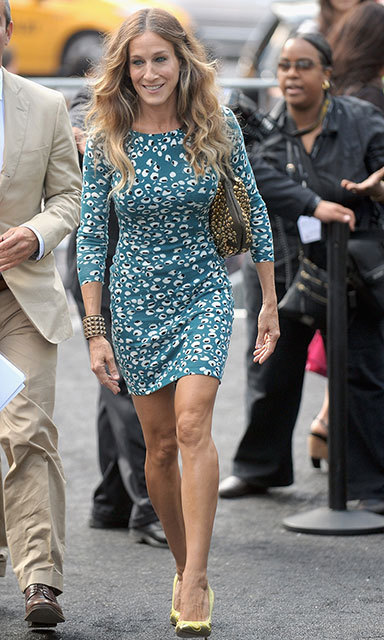 Style icon Sarah Jessica Parker chose a DVF mini for New York Fashion Week in 2012, which she paired with teetering heels and a studded leather bag.