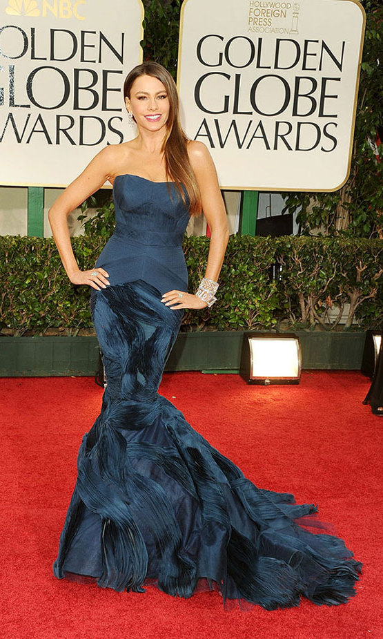 Sofia didn't have to fish for compliments at the Golden Globes in 2012 thanks to this pleated, dark blue Vera Wang stunner in a mermaid silhouette and stacked cuffs by Harry Winston.