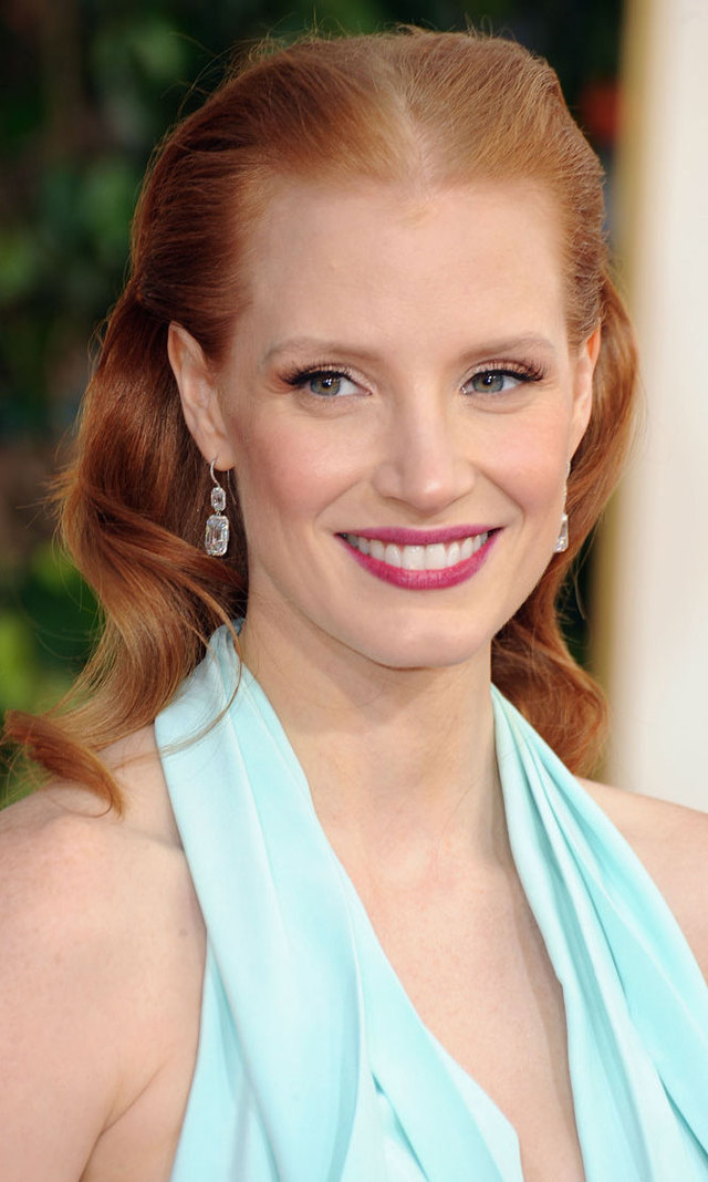 Jessica Chastain's bold berry lip was a standout among the red carpet crowd, especially when paired with golden eye shadow and an unusual half updo à la Kate Middleton.