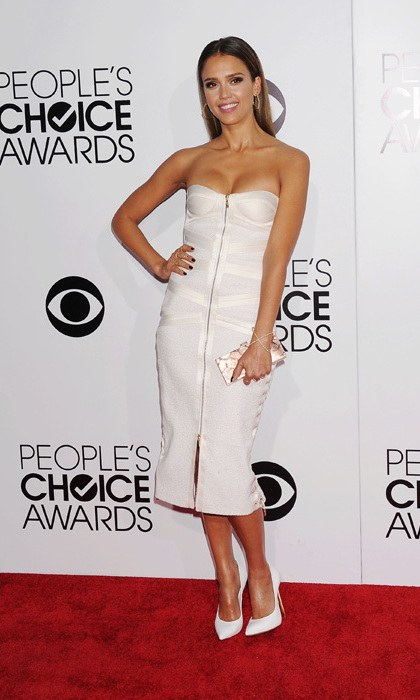 Jessica Alba in a Jason Wu bandage dress and Casadei shoes. Photo: © Getty Images