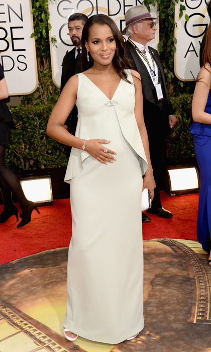 Pregnant 'Scandal' star Kerry Washington knows how to flatter her bump in a retro-inspired Balenciaga.