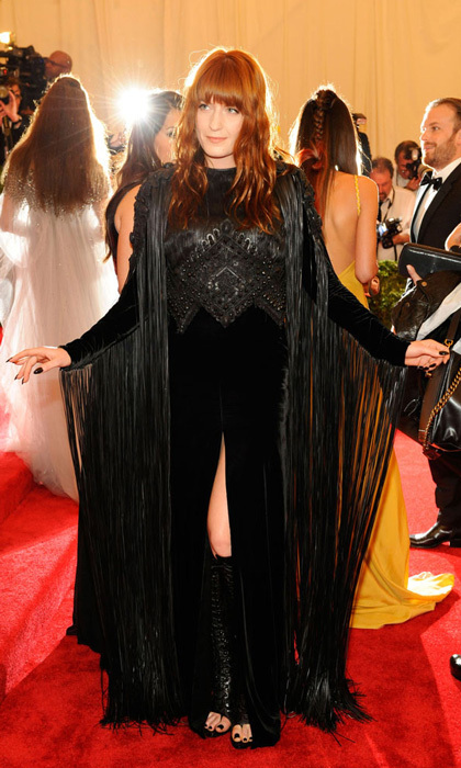 e985ba12ba1f Red Carpet Style Stars  Florence Welch - HELLO! Canada