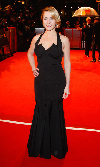 Kate Winslet Channelled Old School Hollywood Glamour In A Black Curve Hugging Zac Posen Dress
