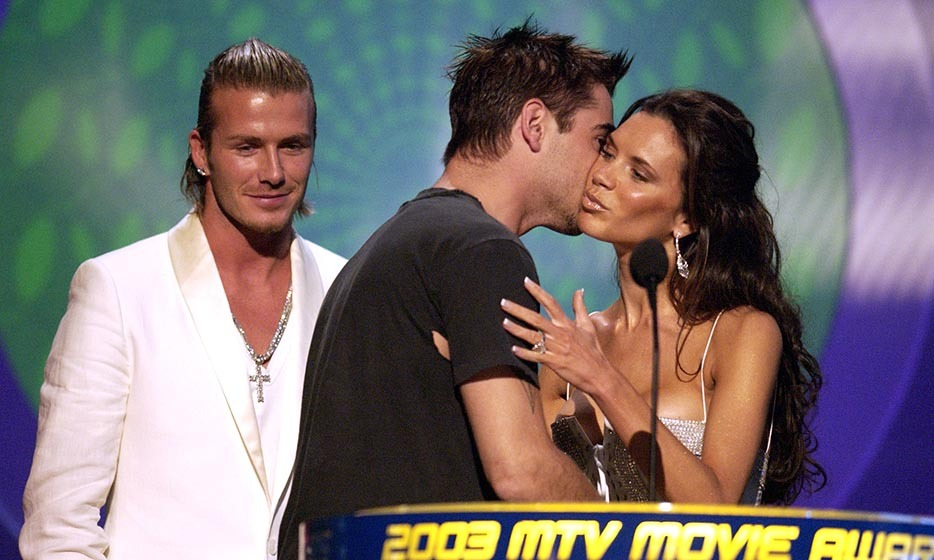 It may not have been up for an award, but this kiss between Victoria Beckham and Colin Farrell (who won for the Best Trans-Atlantic Breakthrough Award) definitely got David Beckham's attention in 2003.