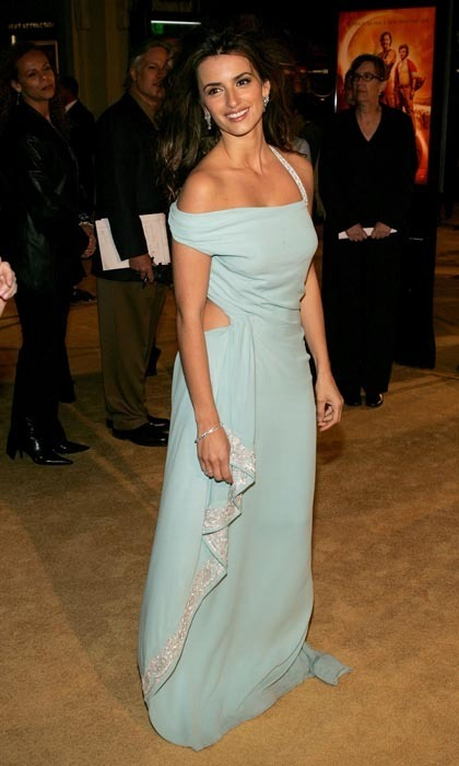 For the 2005 LA premiere of 'Sahara,' the brunette beauty chose a backless, icy blue creation by Marchesa. (Photo by Vince Bucci/Getty Images)