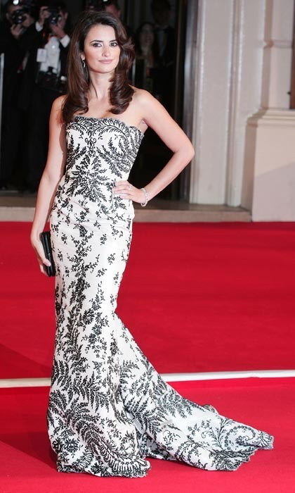 For the Orange British Academy Film Awards in 2007, Penelope was the picture of elegance in a gorgeous, black-and-white brocade gown. (Photo by Fred Duval/FilmMagic)