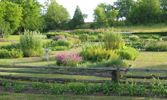 OTTAWA: Ottawa's Herb Garden (3840 Old Almonte Rd.), a popular wedding venue thanks to its lush greenery, serves a delectable Mother's Day brunch ($45) in a charming and memorable setting: A heritage barn. The beautifully rustic space is perfect for mom to devour goodies like bacon-stuffed French toast with maple syrup and fluffy caramelized onion, sundried tomato and feta frittatas.