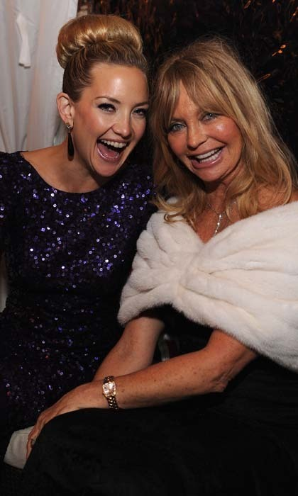 Kate Hudson and Goldie Hawn could easily be sisters - sisters who make each other laugh. A lot. The two beauties also have that sun-kissed California look on lockdown.  Photo: © Getty
