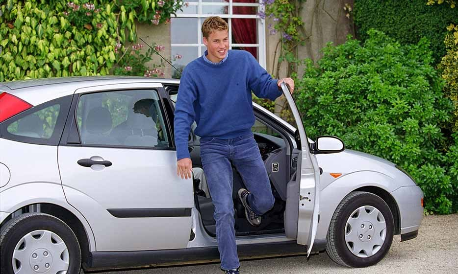 Another milestone for the teen Prince: William arrived at Highgrove in a Ford Focus car after getting his driver's license in 1999.
