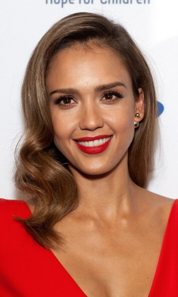 Stars like Jessica Alba balance strong brows with a cat eye, and getting the glam-punk look is easier than you think. Try just a flick of Benefit's new They're Real Push Up Liner over lash lines.