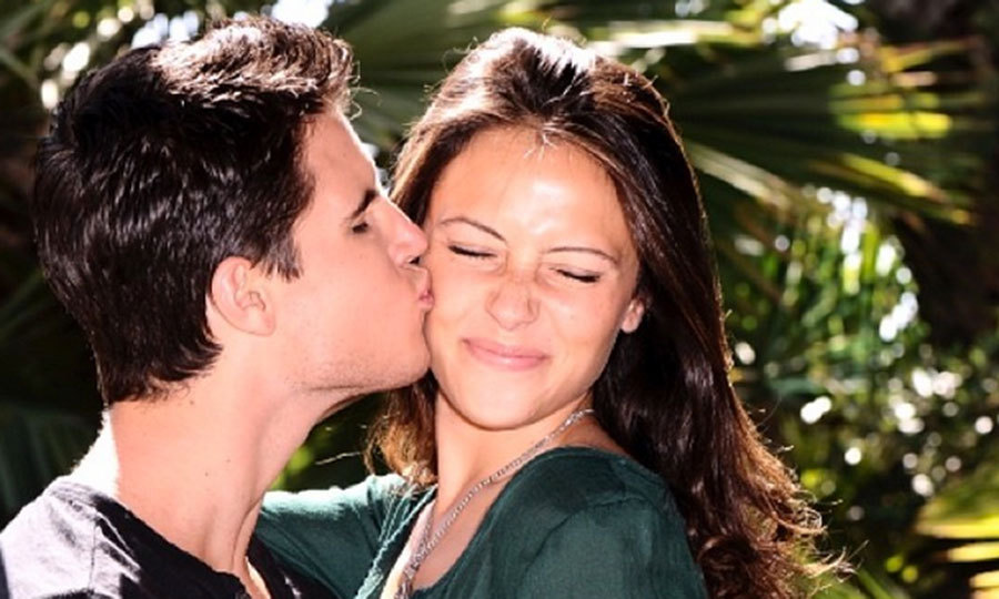 """Happy 6 years to my best friend and love of my life. After so long, @italiaricci still loves my kisses that much."" Photo: © RobbieAmell/Instagram"