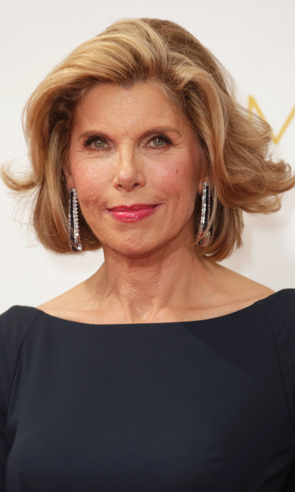'The Good Wife' star Christine Baranski's hair looks kissed by the wind AND the sun, and the actress kept her eyes subtle by lining them in light brown. Cherry on top? A pink pout. © Getty