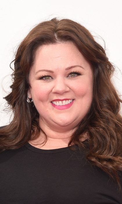 Melissa McCarthy took a break from cracking the world up on a daily basis to glam it up on the red carpet, with cascading brown locks and punchy pink lips. © Getty