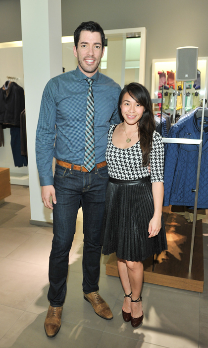 property brothers dating A 'property brothers' double wedding would pretty much be the best thing property brothers' drew scott is hard at work planning his extravagant wedding to philanthropist linda phan but what about his brother/reality my girlfriend and i have been dating for two years and just having a blast it's been.