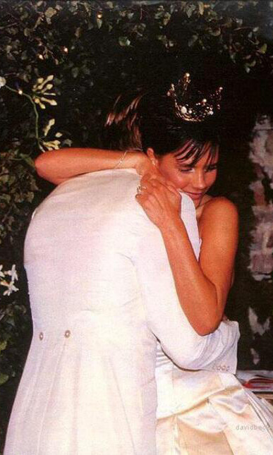 david victoria beckham wedding cake the 15 most lavish and iconic weddings hello 13357