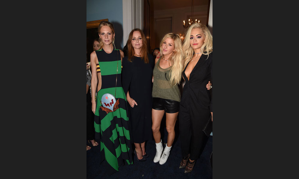 Stella McCartney threw a Hollywood bash, with the guest list including Ellie Goulding, Salma Hayek, Drew Barrymore, Rita Ora and Poppy Delevingne. Photo: © Getty Images